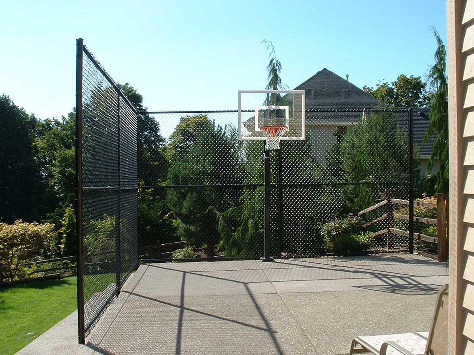 black vinyl chain link fencing is an economical and durable fence material