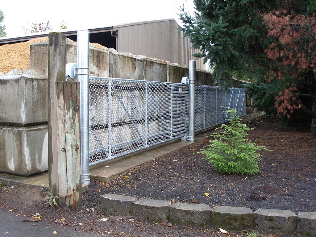 Cantilever Gates Fitzpatrick Fence And Rail