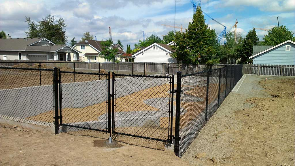 Chain Link Gates Fitzpatrick Fence And Rail