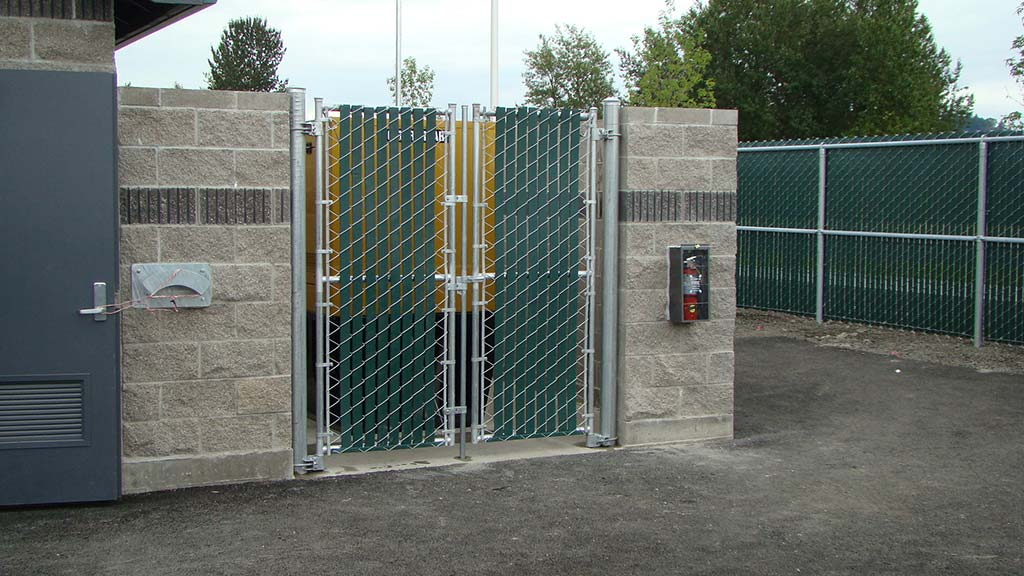 Enclosure Gates Fitzpatrick Fence And Rail